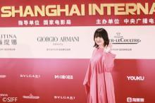 長澤まさみ、大胆ドレスで上海国際映画祭に登場 日本映画の世界進出に闘志燃やす