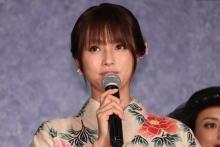 深田恭子、ピタピタ泥棒スーツ姿の自分に「恥ずかしい!どうしよう…」