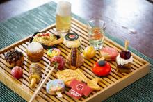 ミニチュアみたいな夏祭りメニューが勢ぞろい!セントレジスホテル大阪の浴衣で行きたいデザートブッフェ♩