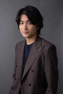 金子大地、『ヘンリー八世』で初舞台出演 監督は『おっさんずラブ』共演の吉田鋼太郎