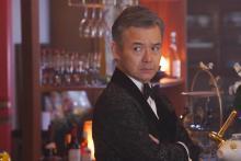 泥棒スーツ姿も話題の渡部篤郎「近年経験がないほど汗をかいている(笑)」