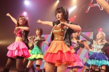 AKB48新センター矢作萌夏、地元埼玉公演で感涙「すごくきれい」