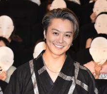"""TAKAHIROのムードメーカーっぷりに周囲も感謝 """"ちょんまげ上裸""""で現場を盛り上げる"""