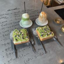 店主1人で切り盛りする大阪の「and cafe」は知ってる?ここの「フルーツ生食パン」は満足度120%なんです