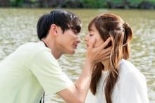 """新木優子&高良健吾、ドキドキの""""ボートデート""""からクランクイン 『モトカレマニア』"""