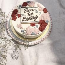 店舗を持たないお菓子屋さんって知ってる?。今まで見たことのない「美しすぎるケーキ」がじわじわ話題に…!