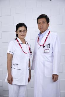 石田ひかり、『ドクターY』秘密を知る不気味な看護師長を怪演