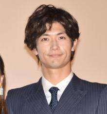 三浦春馬、共演者がファン告白 「顔が好き!」発言に赤面