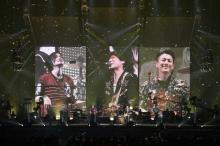 back number、自身最大35万人動員ツアーに幕「自慢になるバンドになって帰ってきます」