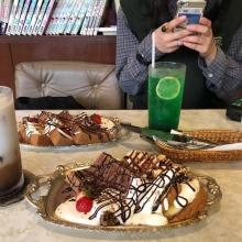 扉の先はまさに天国。ケーキセットが450円で堪能できちゃう「喫茶 憩」は雰囲気も味も最高すぎるって噂♡
