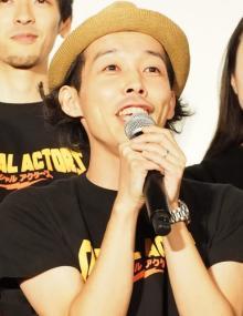 上田慎一郎監督、長編第2作完成披露に「気絶しそうなくらい幸せ」 『カメ止め』キャストも駆け付ける