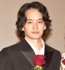 ピエール瀧出演『宮本から君へ』主演・池松壮亮、封切り迎え「誇りに思っています」