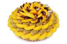 """「カフェコムサ」で期間限定のイベント""""柿のお話""""がスタート♩華やかな見た目の柿のケーキがおいしそう!"""