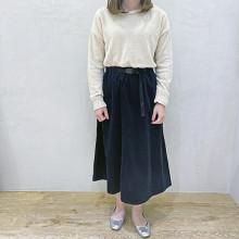 """【#今週のGU新作 】かわいさも温かさも譲れない。1,990円でGETできる""""ハイスペスカート""""見つけちゃいました♡"""