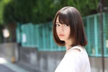 日向坂46・小坂菜緒、映画初主演のホラー作品『恐怖人形』予告編映像解禁
