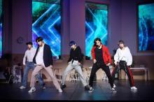TOMORROW X TOGETHERへ向ける海外メディアの熱視線「BTSの弟分という名に恥じのないグループに」