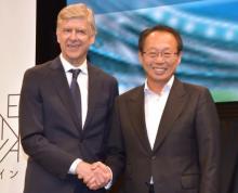 岡田武史氏、ヴェンゲル氏に約束の履行求める W杯予選突破で「東京にビッグスタチュー」