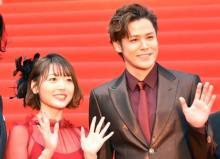 【東京国際映画祭】宮野真守&花澤香菜、写真・サイン攻めに神対応