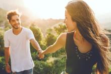 晴れて恋人関係に!「友達以上恋人未満」から脱出する方法