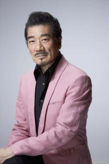 宇崎竜童、『ミス・ジコチョー』ミステリーの鍵を握る男役
