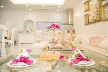 パフェもアフタヌーンティーもバラづくし♡食べるバラのカフェ「ローズサロン」が名古屋栄にOPEN♩