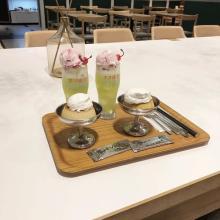 大人のクリームソーダを味わえちゃう⁉ザ・昭和なカフェ「ネオ喫茶KING」で魅惑なスイーツを味わいたい♡