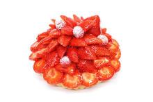 そろそろクリスマスパーティーの計画しなきゃ。今年は「カフェコムサ」のケーキを主役にしませんか?♡