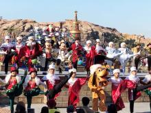「ディズニー・クリスマス」始まる、TDSは今年で見納めとなる夜のハーバーショーも