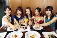 """『ミス東大2019』ファイナリストの""""女子会グラビア"""" 高校時代の写真も公開"""