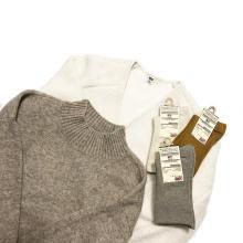 もちもちの着心地に夢中になっちゃう…ユニクロの「スフレヤーンモックネックセーター」はGETした?