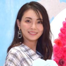 """押切もえ、夫・涌井投手&息子と""""親子3ショット""""公開「美男美女夫婦」「素敵な家族写真」"""