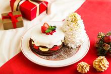 雪のように真っ白なミルククリームがたっぷり♡エッグスンシングスの「クリスマスショコラショートパンケーキ」