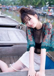 岡崎紗絵、ベトナムで魅せる成長した美しさと洗練ボディ 濡れ肌も大胆披露