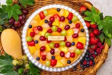 いちご×ベリー×ぶどう、フルーツが主役♩ぜ~んぶ食べたくなる「キルフェボン」のクリスマス限定タルト♡