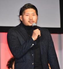 """ラグビー・稲垣啓太""""会食ルック""""で新たな一面 私服コーディネートを披露"""