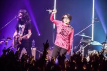 藤井フミヤ、スタンディング形式のライブはファンへの「愛情」