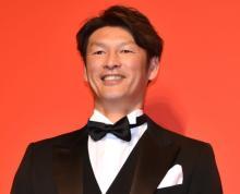 『HEROs AWARD 2019』巻誠一郎が受賞 故郷・熊本復興に尽力