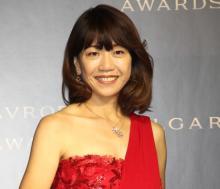 高橋尚子、一番のジュエリーは「金メダル」 普段はジャージも…赤いドレスで充実の笑み