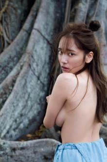 都丸紗也華、圧巻スタイルの裸身を大胆披露 最大露出の写真集秘蔵カット解禁
