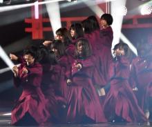 【紅白】欅坂46気迫の「不協和音」に内村感動「よくやった!」 SNSでも「最強で最狂」と絶賛