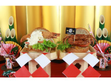 新年の縁起担ぎにぴったり!全長20cmの有頭海老&蟹バーガー発売