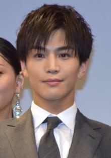 岩田剛典、キレ者役も「普段のイメージとは真逆」 完成した映画に手応え