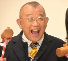 """笑福亭鶴瓶、愛妻と""""ミニオン""""風2ショット披露「奥様かわいい!!!」「アツアツですね~」"""