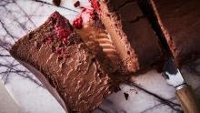 「ミスターチーズケーキ」のバレンタインフレーバーが気になる…!発売を記念しポップアップレストランも開店