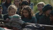 『マンダロリアン』第5話にミンナ・ウェン初登場 SWファンにおなじみのあの惑星も