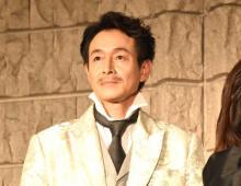 吉田栄作、自身の役は「バカっぽい」 森新太郎氏あえての演出と釈明