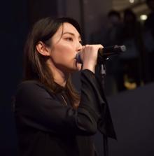 家入レオ、月9主題歌「未完成」ライブ初披露 3年ぶりライブハウスツアーも発表