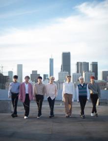 """BTS""""写真集""""で明かした結成秘話と「ARMY」への愛のメッセージ【インタビュー一部公開】"""