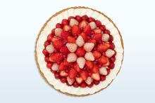 ホワイトデーにおねだりしてみる?「キル フェ ボン」にきらめく2色のイチゴを飾った新作タルトが登場