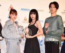 『スニーカーベストドレッサー』池田エライザ、杉野遥亮らが受賞 レイザーラモンRGは殿堂入り